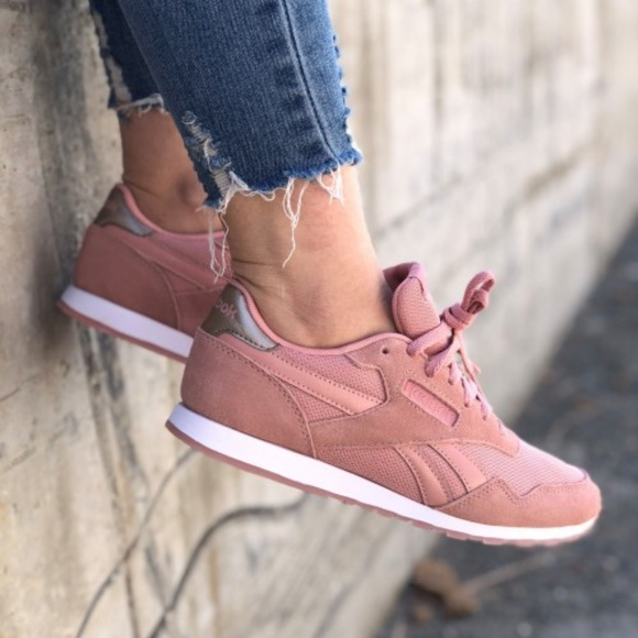 9acb199ef708 NWOB Reebok Royal Ultra SL Pink Rose Gold